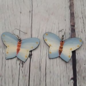 VINTAGE HAND PAINTED BLUE BUTTERFLY EARRING